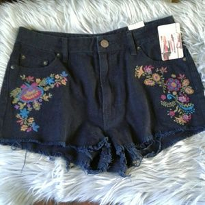 BDG High Rise Dree Jean Shorts